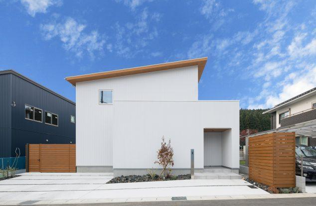 シンプルかっこいい家