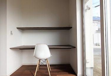 パソコンやスタディーコーナーに最適な書斎